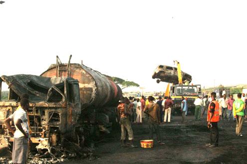 File photo: an accident scene on Lagos-Ibadan expressway