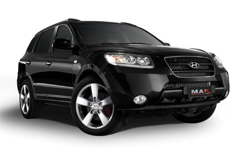 The Hyundai Santa fe con. Inset is a Kia product