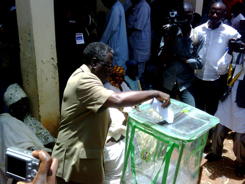 Plateau Governor, Jonah Jang voting at his Ladura Du polling unit, Jos South during today's April 26 elections in Plateau