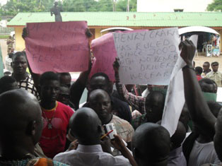 The protesting drivers in Benin City.