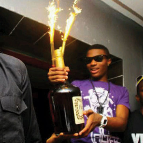 Wizkid showing off his MOBO award last night in Scotland.