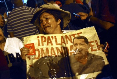 Chavez supporters cry. AFP photo