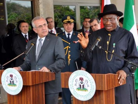 PRESIDENT GOOLUCK JONATHAN (R) ADDRESSING A JOINT NEWS CONFERENCE WITH THE VISITING PRESIDENT MICHEL SLEIMAN OF LEBANON AT THE PRESIDENTIAL VILLA ABUJA ON MONDAY