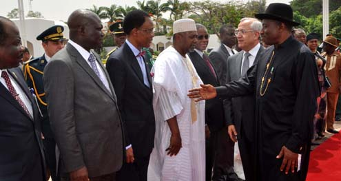 PRESIDENT GOODLUCK JONATHAN (R) INTRODUCING MEMBERS OF HIS CABINET TO THE VISITING PRESIDENT MICHEL SLEIMAN OF LEBANON (2ND R) AT THE PRESIDENTIAL VILLA ABUJA ON MONDAY