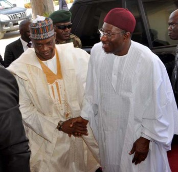 Presidnet Goodlucl Jonathan (l) being welcomed by Gov Ibrahim Gaidam of Yobe State during the President's official visit to the state in Damaturu on Thursday, 7 March, 2013