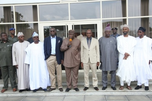Amaechi, centre, with some members of the NGF