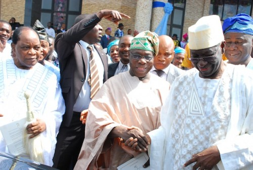 Obasanjo after blessing Zimbabwe's rigged poll, rushed down to felicitate with his 'Leader'. Photo State House