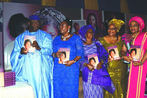• L-R: Ekiti State Governor. Dr. Kayode Fayemi; his wife, Erelu Bisi  Adeleye-Fayemi; her mother, Mrs. Emildeleye; Guest lecturer/Nobel Laureate, Ms. Leymah Gbowee; wife of Oyo State Governor, Mrs. Florence Ajimobi