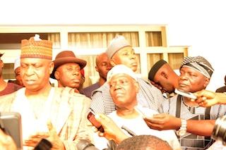 Right to Left, Olagunsoye Oyinlola, Akande, saraki, Amaechi, Baraje