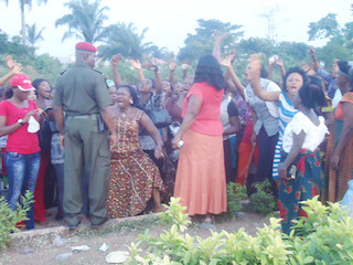 WOMEN PROTEST TO INEC (3)