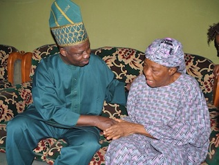 amosun with the widow of sesan soluade