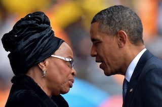 US President Barack Obama (R) talks with the widow of South African President Nelson Mandela, Graca Machel,