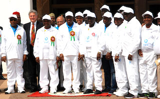 Photo op: The president with the sports ministry officials