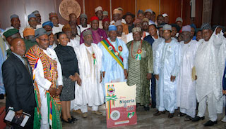 President Jonathan (M),  VP Namadi Sambo (4TH L) NATIONAL PRESIDENT, ROAD TRANSPORT EMPLOYER'S ASSOCIATION OF NIGERIA (RTEAN) HIGH CHIEF MUSA SHEHU (4TH R) WITH THE EXECUTIVE MEMBERS OF RTEAN during a visit to Aso Villa weekend