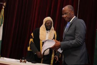 amaechi presents budget to speaker