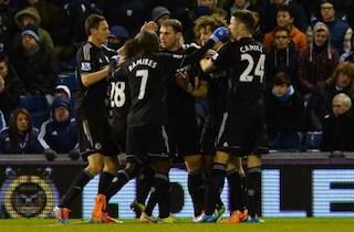 Chelsea players celebrate Ivanovic's goal