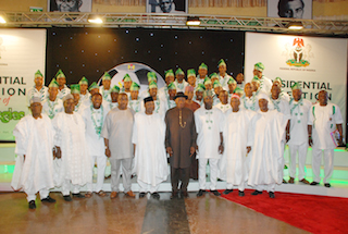 President Goodluck Jonathan,  Vice President  Namadi Sambo ,  Governor Gabriel Suswan and Sport Minister Bolaji Abdullahi with Members of the Super Eagle at a Presidential Reception in their Honour at the State House,  Abuja  13 February