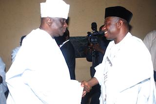 Oba Akiolu welcomes Jonathan to Lagos