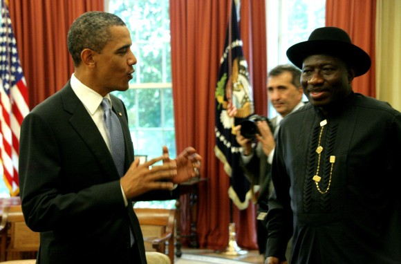 Nigeria president, Goodluck Jonathan and US president Barack Obama having a chat