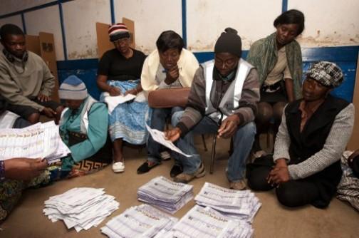 Malawi: counting the ballots