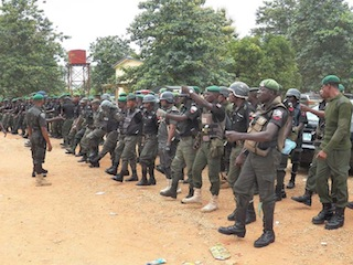 Moble policemen preparing for ekiti election at Ado ekiti.