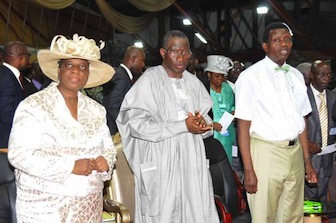President Jonathan (M) with Pastor & Pastor (Mrs) Adeboye at Holy Ghost Service, Redemption Camp,