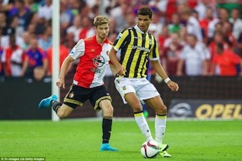 Dominic Solanke in Vitesse colours