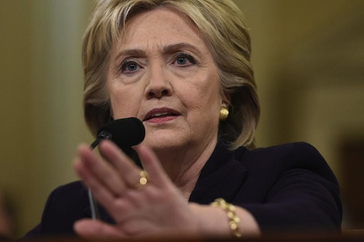 Hillary Clinton testifies before the House Select Committee on Capitol Hill in Washington, on October 22, 2015 (AFP Photo/Saul Loeb)