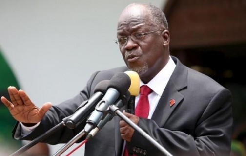 FILE PHOTO: President John Pombe Magufuli of Tanzania addresses members of the ruling Chama Cha Mapinduzi Party (CCM) at the party's sub-head office on Lumumba road in Dar es Salaam, October 30, 2015.  REUTERS/Emmanuel Herman
