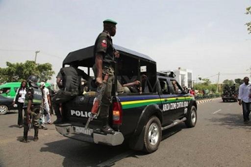 A police patrol team