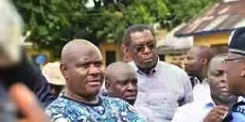 Governor Nyesom WIke could only look on as Rotimi Amaechi controlled things