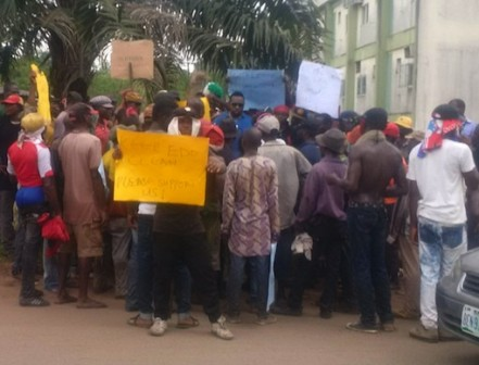Protesting local waste collectors in Benin
