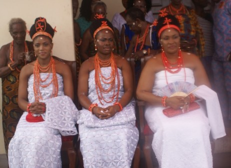 The three wives Oloi-NErie of the Crown Prince