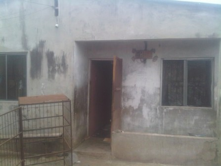 Front of the house where Shakiru resides