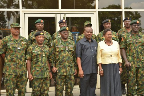 L-R: Chief of Air Staff, Air Marshal Sadiq Abubakar, Chief of Naval Staff, Vice Admiral Ibok Ibas, Chief of Defence Staff, General Abayomi Gabriel Olonisakin, Rivers State Governor, Nyesom Ezenwo Wike, Deputy Governor Ipalibo Banigo and Chief of Army Staff, Lt General Tukur Buratai  after a meeting  at Government House, Port Harcourt on Monday.
