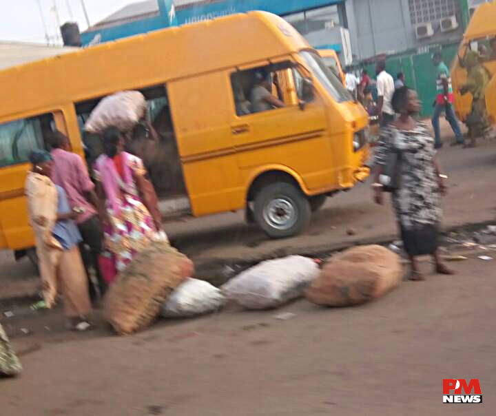 Traders loading their goods at Oshodi
