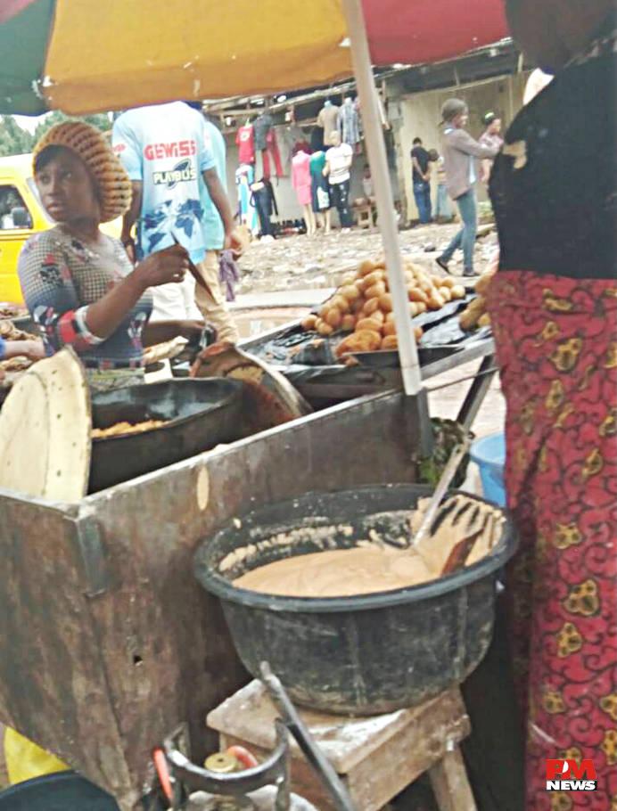 Hot Akara @ Kola Market, Alagbado