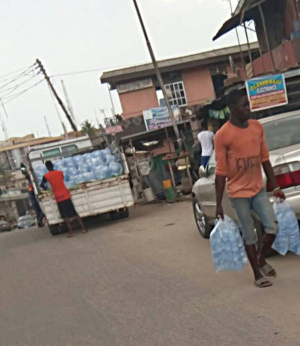 No public holiday for 'pure water' merchants @ Ketu Alapere.