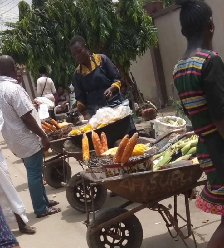 roasted corn for sale at Ketu Alapere