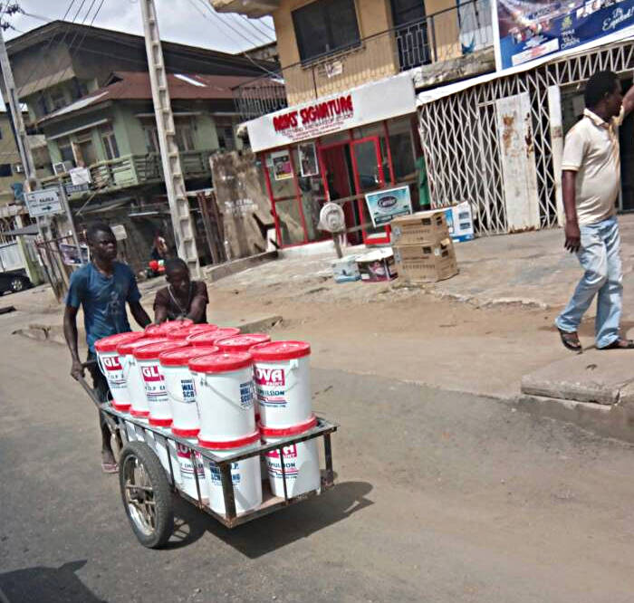 truck pusher and paint at fadeyi