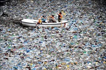 Plastic debris in the sea
