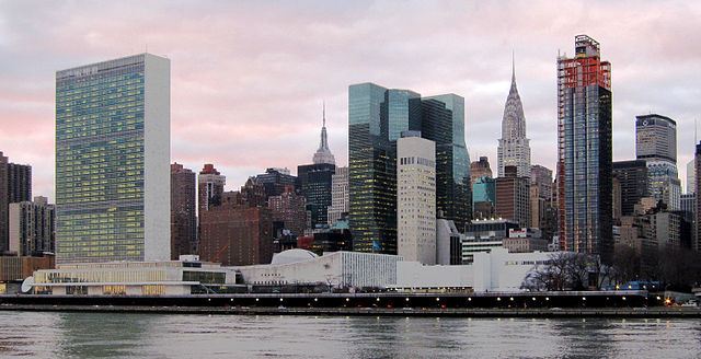 640px-United_Nations_Headquarters_in_New_York_City,_view_from_Roosevelt_Island