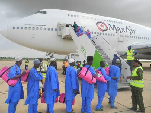 Max-Air-airlifts-Muslim-pilgrimage