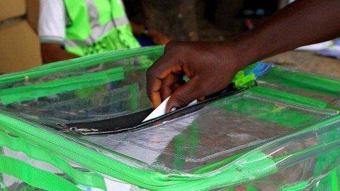 Nigeria-Election-Voters-Casting-Vote