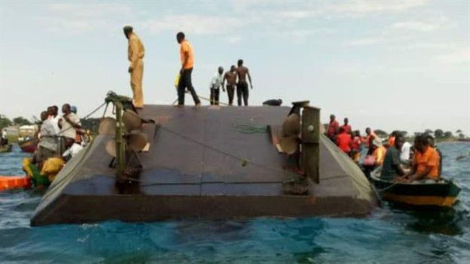 rescuers-surround-MV-Nyerere-after-capsizing-in-Lake-Victoria