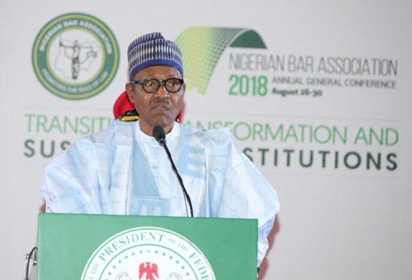 Buhari-addresses-the-lawyers–e1535314362409