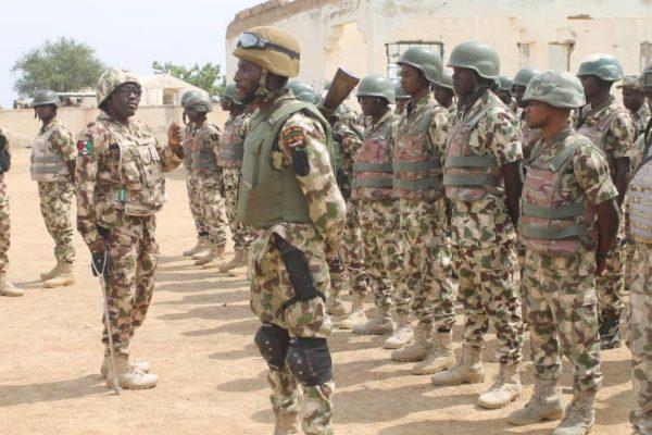 General-Biu-speaks-to-soldiers-in-Gwoza-e1543129154259