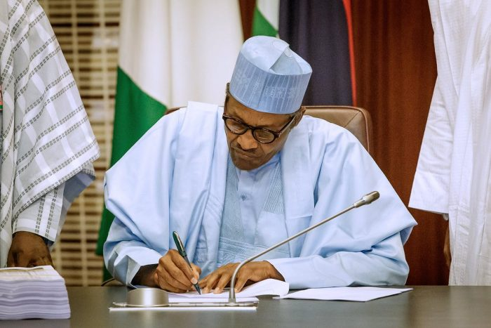 Buhari signs the 2019 budget