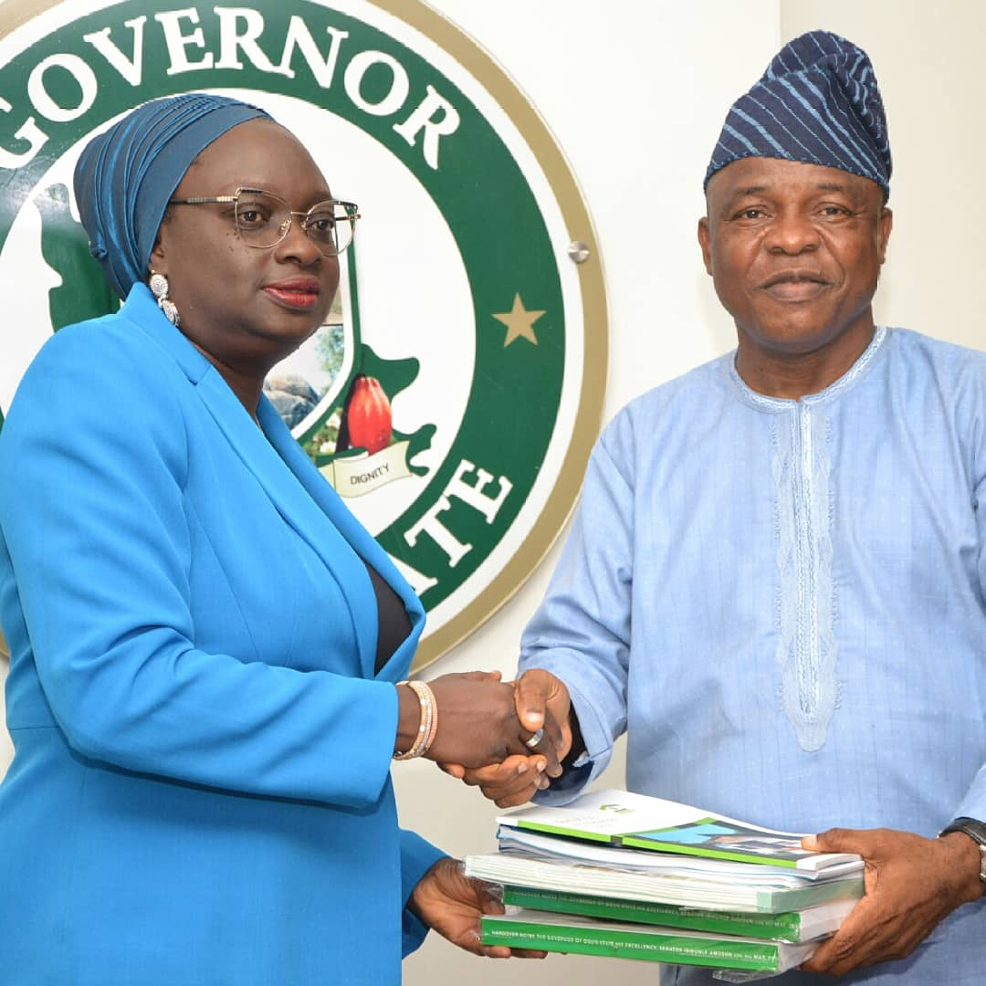 The SSG in Ogun handed over to new deputy governor Noimot Oyedele