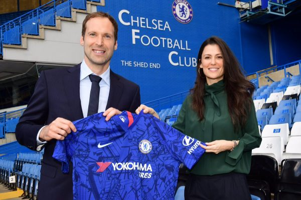 Peter Cech being welcomed to Chelsea by Marina Granovskaia